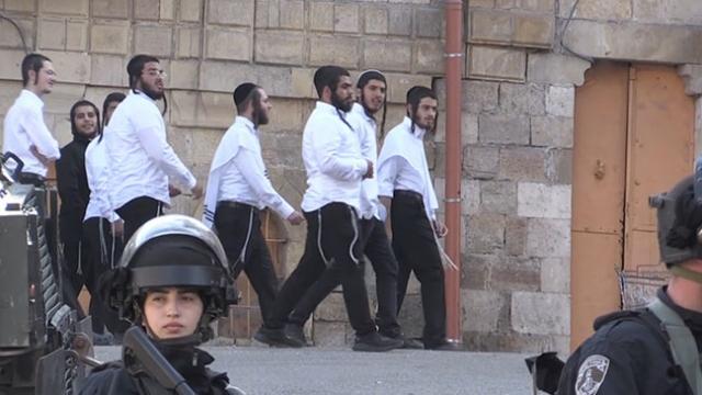 Yahudiler Harem-i İbrahim Camii'ne baskın düzenledi