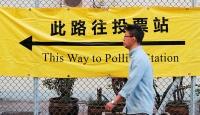 Hong Kong'da halk, protestoların gölgesinde sandık başında
