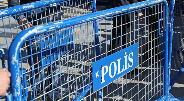 Adanada gösteri ve yürüyüşler 15 günlüğüne yasaklandı