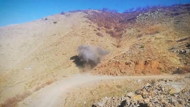 Teröristlere ait ele geçirilen patlayıcılar imha edildi