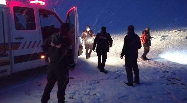 Karsta kar ve sis nedeniyle kaybolan 2 kişi bulundu