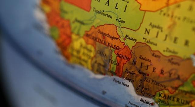 """Benin, AB Büyükelçisini """"ülkede istenmeyen adam"""" ilan etti"""