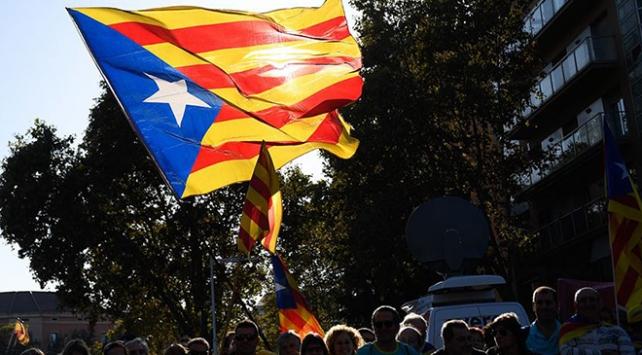 İspanyada bağımsızlık girişimlerine Bask Özerk Parlamentosu da katıldı
