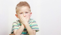 Kekemeliğin tedavisinde en önemli görev ebeveynlere düşüyor