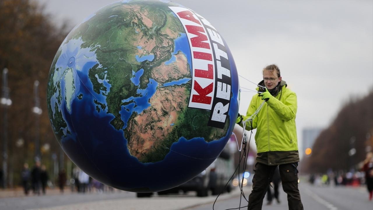 Almanyada iklim protestosu