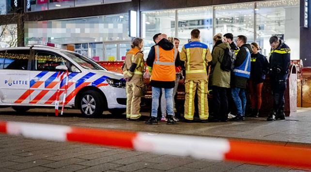 Hollandada bıçaklı saldırı: 3 yaralı