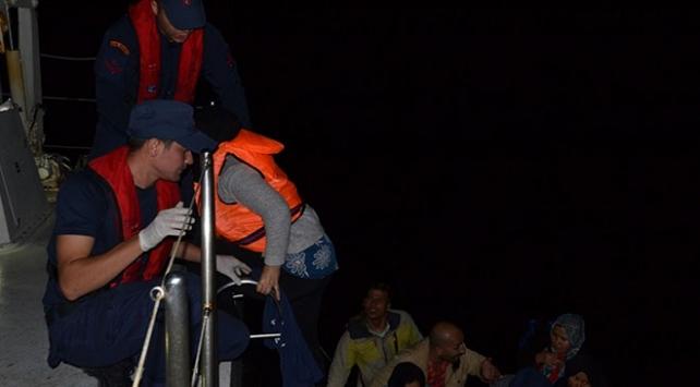 İzmirde 111 düzensiz göçmen yakalandı