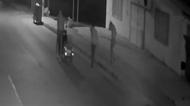 Engelli vatandaşın bisikletini çaldılar