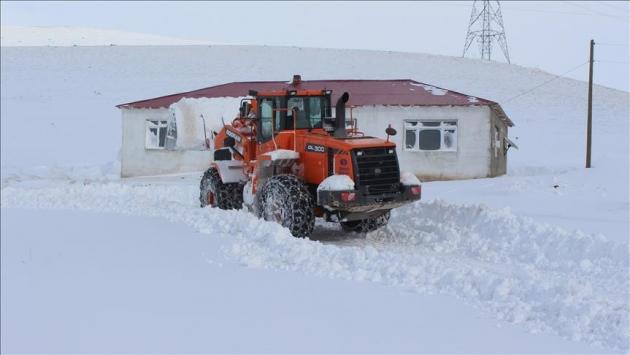 Gümüşhanede 39 köy yolu kar nedeniyle ulaşıma kapandı