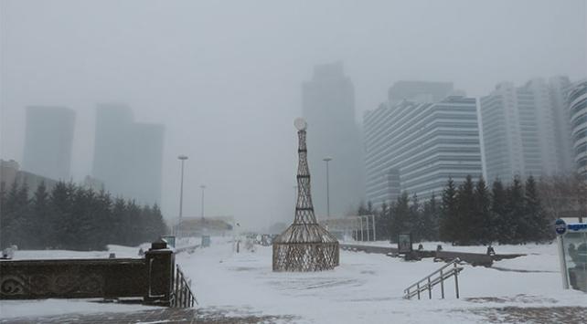 Kazakistanda Türk tır şoförleri donmaktan kurtarıldı