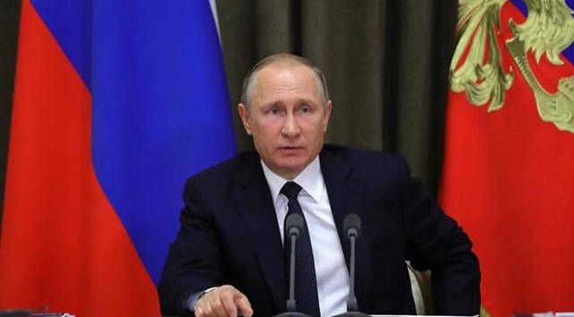 Putin teknolojik cihazlarda yerli yazılım şartı yasasını imzaladı