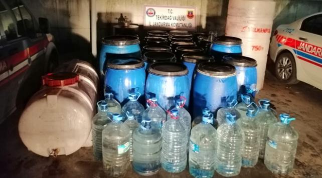 Tekirdağda 1700 litre sahte içki ele geçirildi