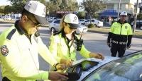 Adana'da trafikte kural ihlali yapan sürücüler drone ile belirlendi