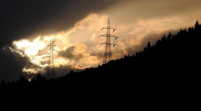 Türkiyenin elektrik tüketimi kasımda azaldı