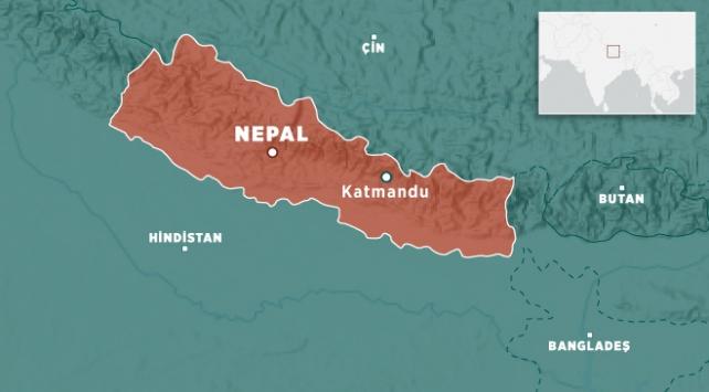 Nepalde arazi aracı nehre yuvarlandı: 14 ölü