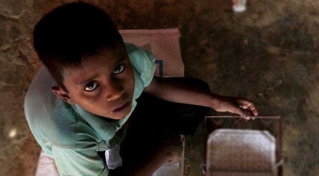 Bangladeş, Arakanlı Müslüman çocukların eğitimini engelliyor