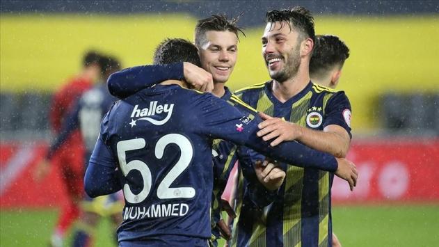 Fenerbahçeden dört dörtlük galibiyet