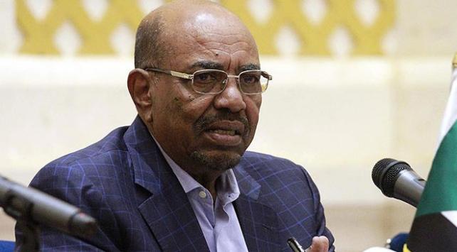 Eski Sudan lideri Beşire 8 cinayet davası açıldı