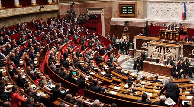 Fransada siyonizm karşıtlığı ile antisemitizm eş değer sayılacak