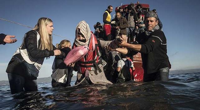Avustralyadan sığınmacıların yararına olan tıbbi transfer yasasına iptal