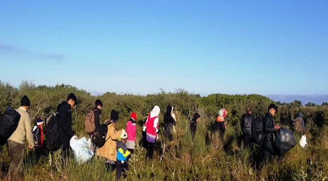 Çanakkalede 180 düzensiz göçmen yakalandı