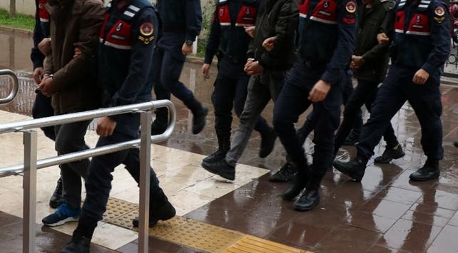Manisada arkadaşlarını öldürüp dereye atan zanlılar tutuklandı