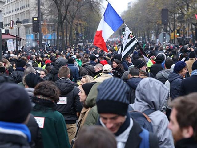Fransa'da emeklilik reformu protestolarına katılım 500 bini buldu