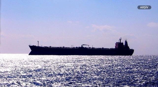 Nijerya açıklarında petrol tankerinden 1i Türk, 19 mürettebat kaçırıldı