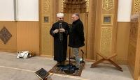 Yusuf İslam'ın danışmanı Cambridge Camii'nde Müslüman oldu