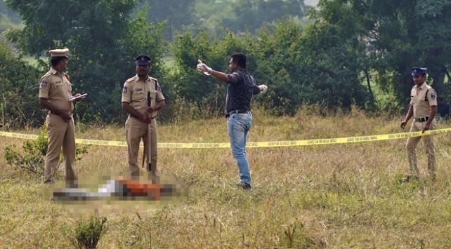 Hindistan'ı ayağa kaldıran cinayette zanlılar öldürüldü