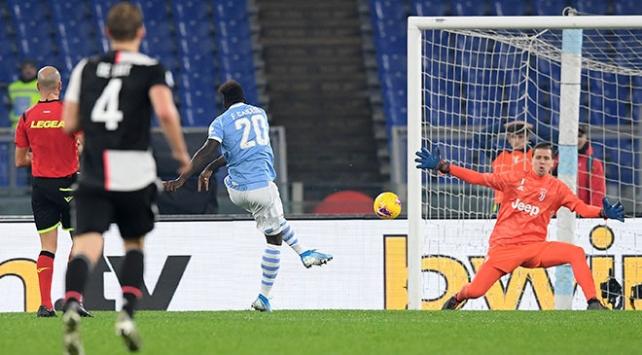 Lazio, Juventusa bu sezonki ilk mağlubiyetini yaşattı