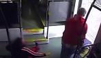ABDde bir saldırgan engelli kadının tekerlekli sandalyesini çalmaya çalıştı