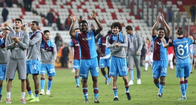Trabzonspor deplasmanda zirvede