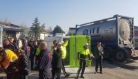 Kocaeli'de tır halk otobüsü ile çarpıştı: 20 yaralı