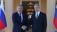 Bakan Akar Rus mevkidaşı ile Suriye'yi görüştü