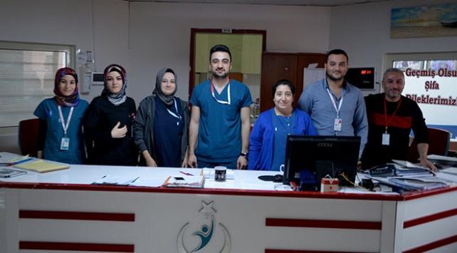 Türkiye sınırın diğer tarafındaki hastalara şifa olmaya devam ediyor