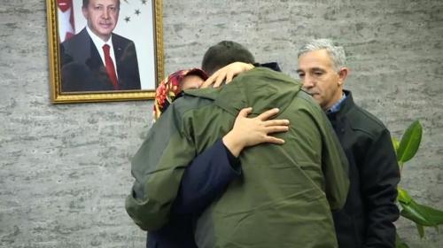 Diyarbakır annesi Hatice Ceylan evladına kavuştu