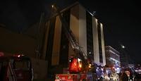 İstanbul'da kumaş yıkama fabrikasında yangın