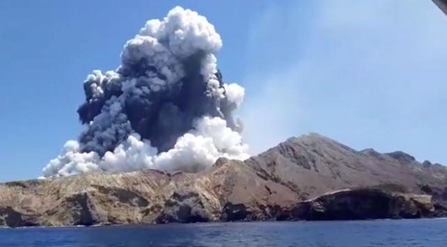 Yeni Zelandadaki yanardağ patlamasında ölü sayısı 6ya çıktı