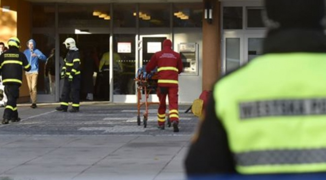Çekyada 6 kişiyi öldüren saldırgan intihar etti