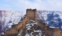 Şeytan Kalesi'nde kar manzaraları