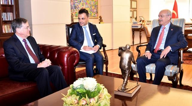 Kılıçdaroğlu ABDnin Ankara Büyükelçisi Satterfieldi kabul etti