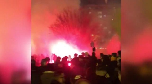 Pariste PSG ve Galatasaray taraftarları arasında gerginlik