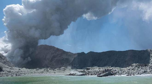 Yeni Zelandada yanardağ patlamasında hayatını kaybedenlerin sayısı 16ya yükseldi