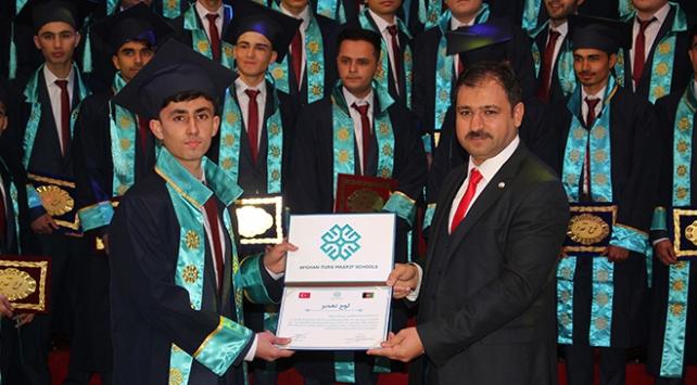 Afganistandaki TMV okulları ilk mezunlarını verdi