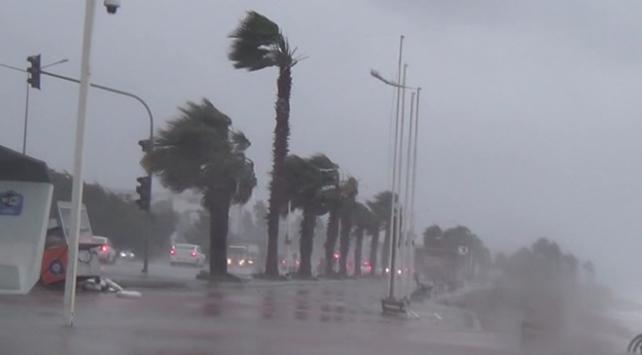 Antalyada kırmızı uyarı kaldırıldı