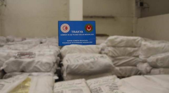 Kapıkulede yaklaşık 20 ton kaçak çay ele geçirildi