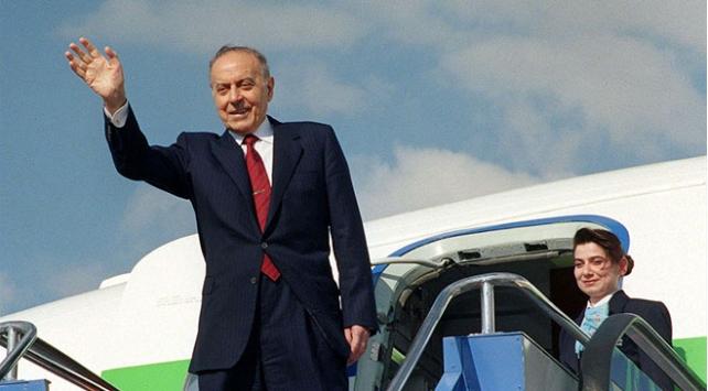Azerbaycanın mimarı Haydar Aliyev