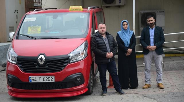 Minibüs şoförünün hastaneye yetiştirdiği çocuğun tedavisi sürüyor