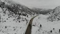 Kar yağışı ile şehirler beyaza büründü